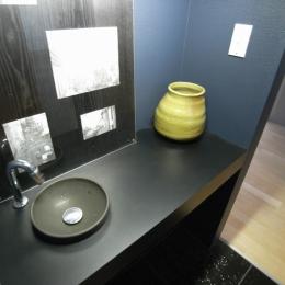 可動本棚の家 -可動家具・可動間仕切りで間取りの変わる家- (洗面台)