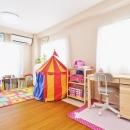 珪藻土アクセントの子供部屋