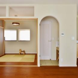 畳スペース (子供が走り回る家)