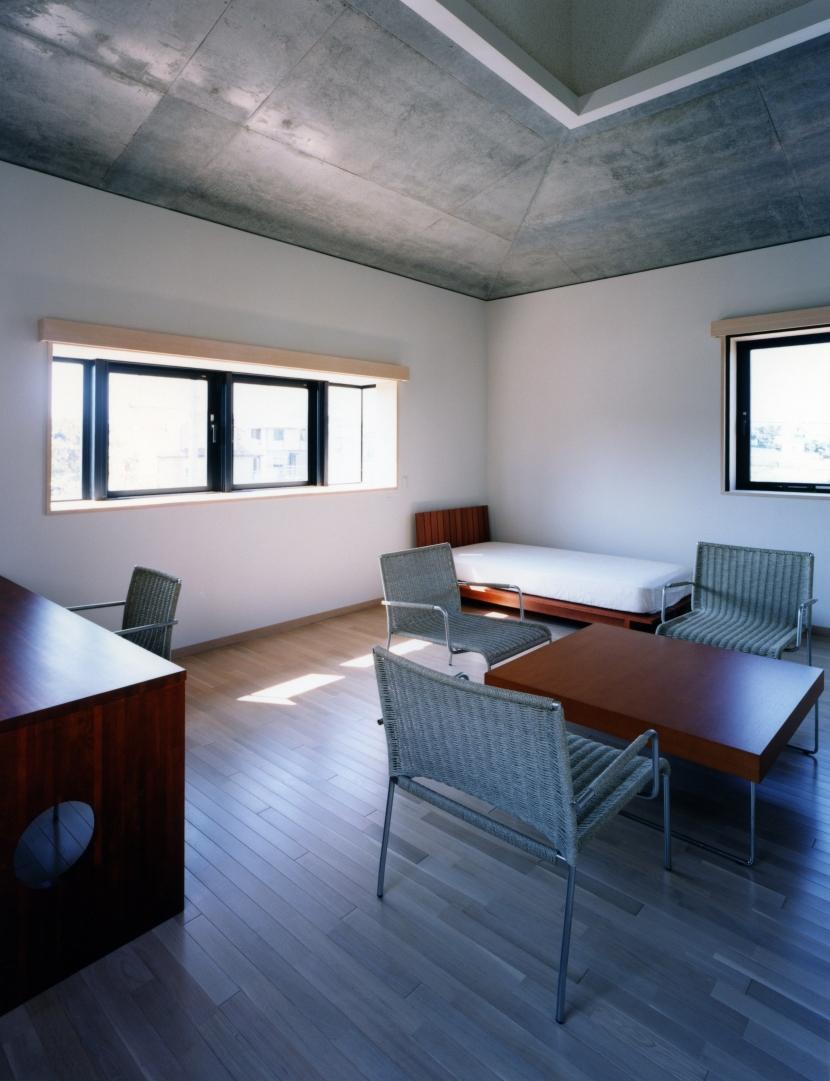 長津田Yハウス(*)の部屋 2階子供部屋