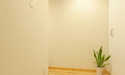 東京都新宿区I様邸 ~体で感じる自然素材の住まい~ (玄関)