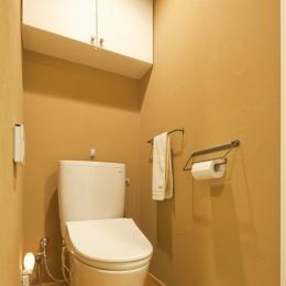 体で感じる、自然素材の住まい (トイレ)