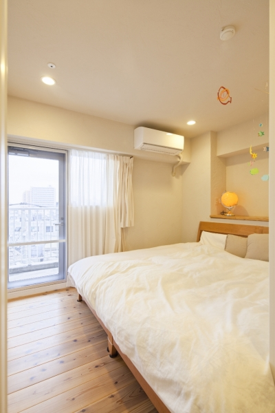 ベッドルーム (東京都新宿区I様邸 ~体で感じる自然素材の住まい~)