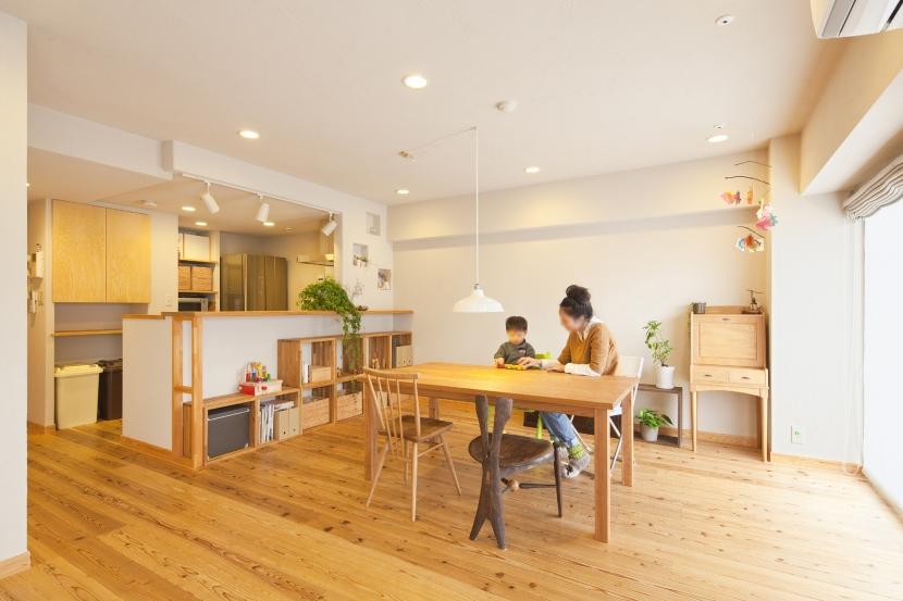 東京都新宿区I様邸 ~体で感じる自然素材の住まい~ (リビング・ダイニング)