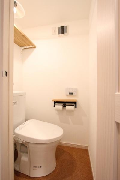 トイレ (築30年の団地リノベーション)