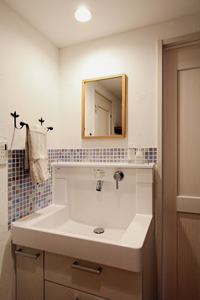 洗面台 (築30年の団地リノベーション)