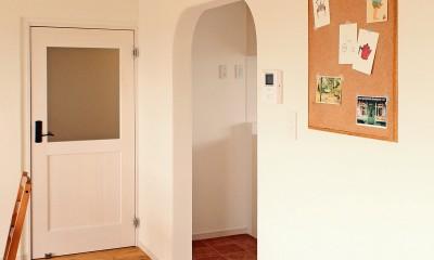横浜市T様邸 ~築30年の団地リノベーション~ (リビングダイニングの入り口ドア)