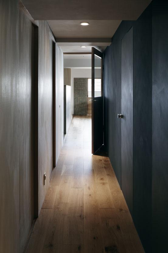 「ウチソトの間合」-大阪のリノベーション-の部屋 廊下