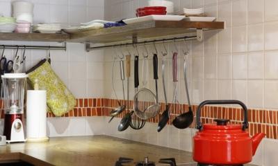 Y邸・できることは自分たちで。コラボで作り上げた快適な住まい (キッチン)