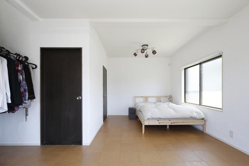 Y邸・できることは自分たちで。コラボで作り上げた快適な住まいの部屋 ベッドルーム