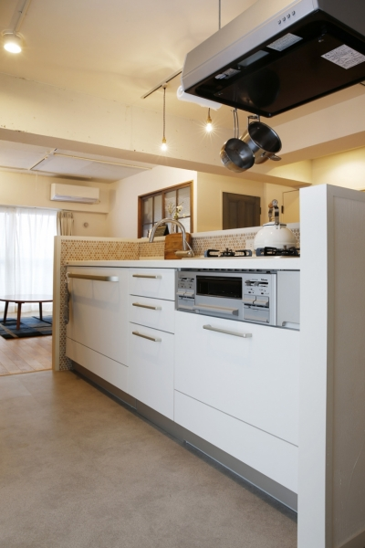 キッチン (I邸・築34年マンションの劇的リノベーション!)