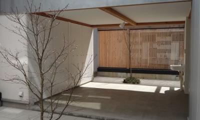 内側で開放的に暮らす家|UC house (落ち着ける中庭)