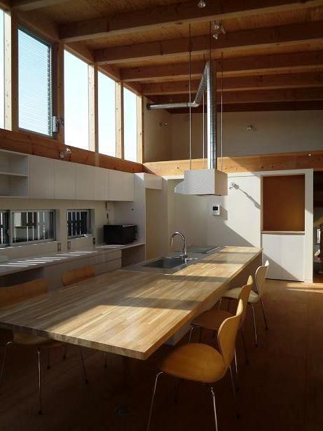 ソラを取り込んだ家|空の家 (2階リビング)