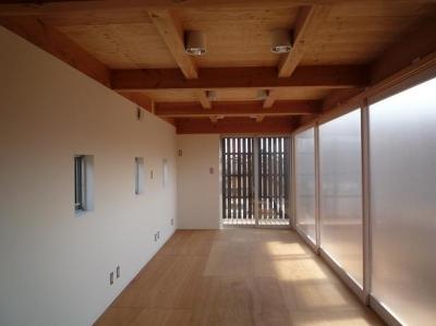 個室内部 (ソラを取り込んだ家|空の家)