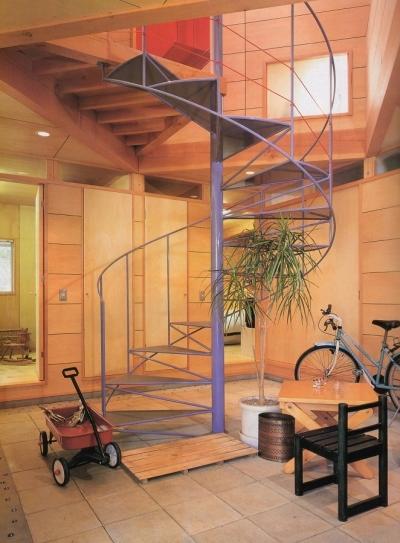 多目的な土間空間 (多目的な土間空間のある家|NAK HOUSE)