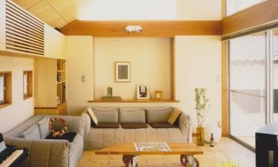 多目的な土間空間のある家 NAK HOUSE (2階リビング)