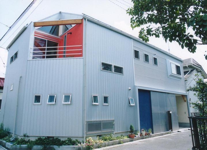 埼玉県羽生市・30坪の敷地に建つ6人家族の家|かなちゃんちの部屋 二方向道路の敷地に建つ家