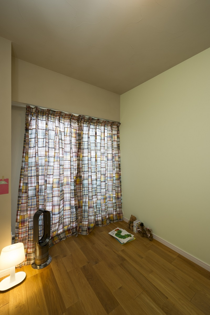 自然素材とお気に入りの色に囲まれた住まいの部屋 使用するのが楽しみな、自然素材の部屋