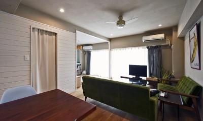 横浜市B様邸 ~自然素材とお気に入りの色に囲まれた住まい~ (自由に飾る)