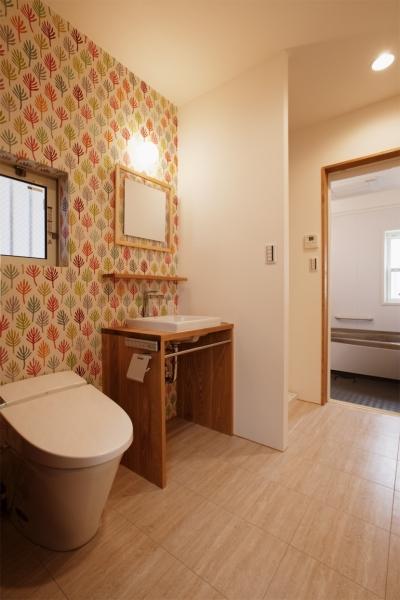 トイレ (K邸・音楽室のある光あふれる小さなお家)