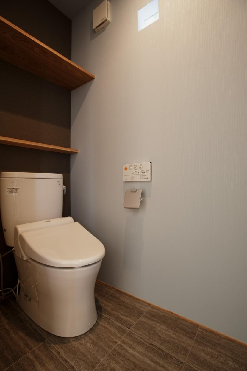 K邸・音楽室のある光あふれる小さなお家の部屋 トイレ