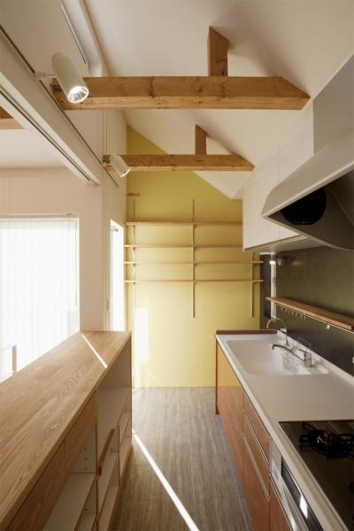キッチン (K邸・音楽室のある光あふれる小さなお家)