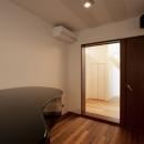 K邸・音楽室のある光あふれる小さなお家の写真 趣味部屋(ピアノ部屋)