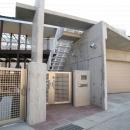 渡邉 清の住宅事例「周囲を道路に囲まれた変形敷地に建つ家」