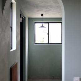 今治の家 色と素材が結びつくパッチワークみたいな家