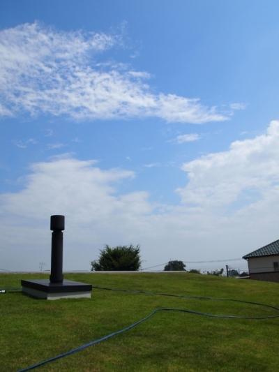 芝生の屋根は気持ちいい! (埼玉県熊谷市・芝屋根住宅-2|BEAT HOUSE)