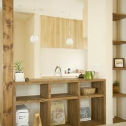 東京都大田区I様邸 ~自然素材とスキップフロアが楽しい家~ (造作キッチンカウンター)
