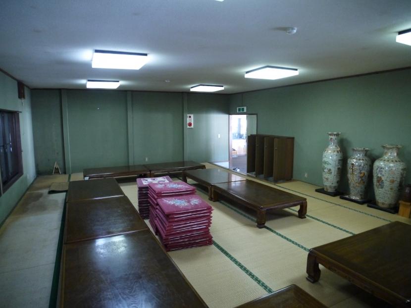 御前岩物産センター改修の部屋 座敷(ビフォー)