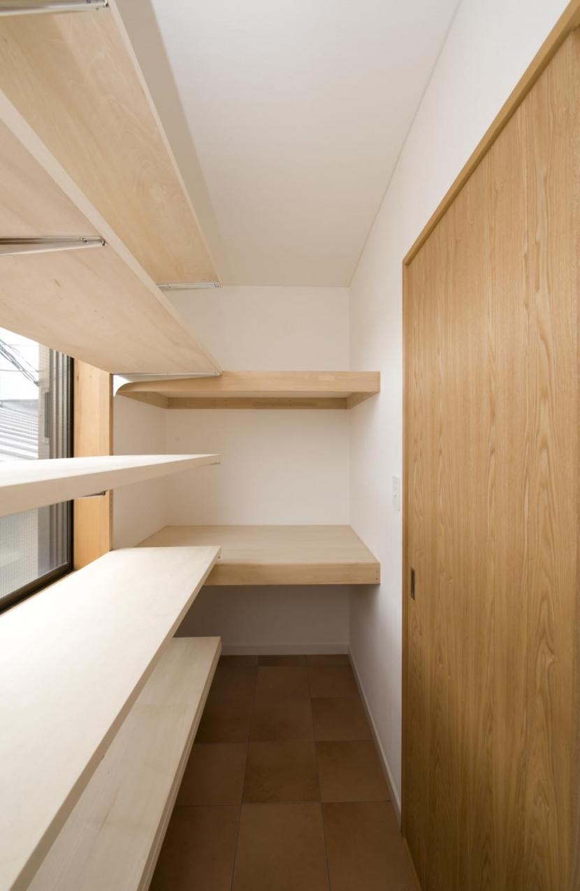 S邸・自然素材を用いて、オリジナリティーのある改修を。の部屋 収納部屋