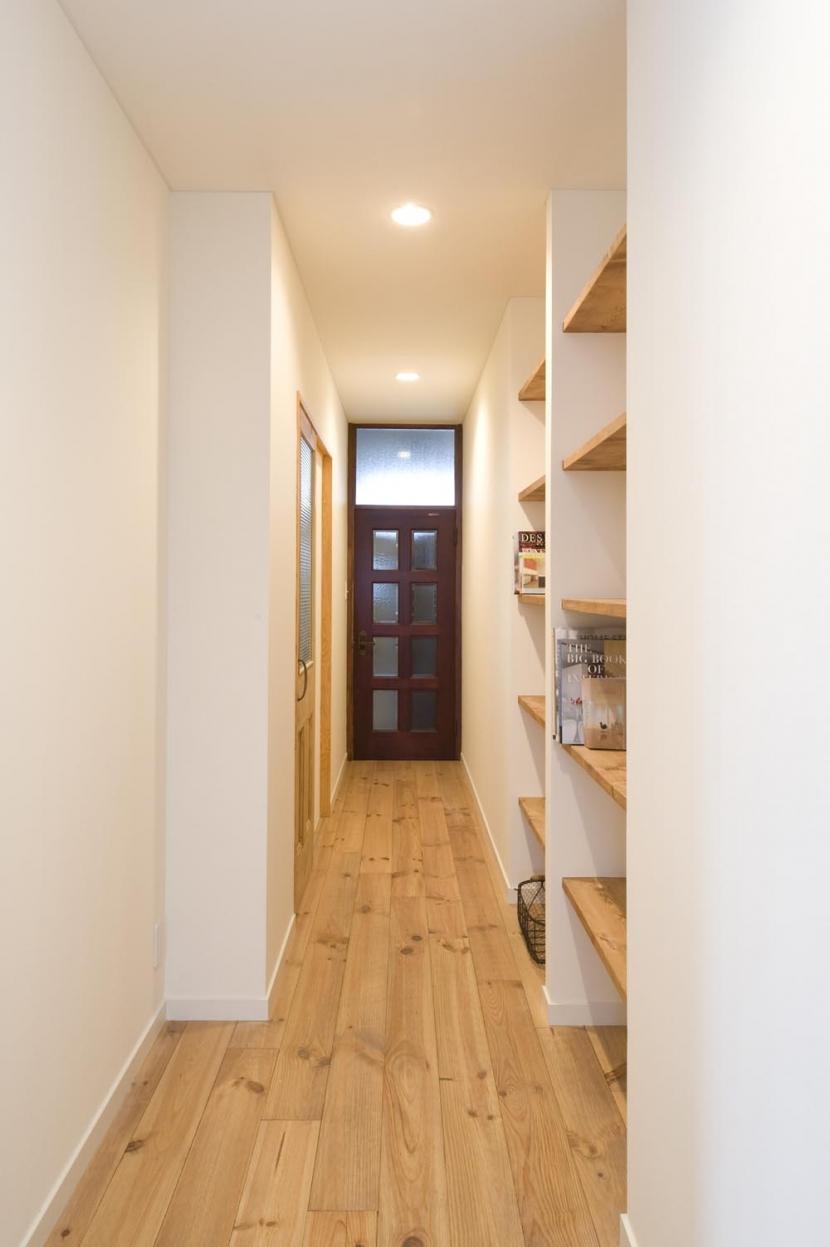 S邸・自然素材を用いて、オリジナリティーのある改修を。の部屋 廊下