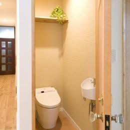 S邸・自然素材を用いて、オリジナリティーのある改修を。 (トイレ)