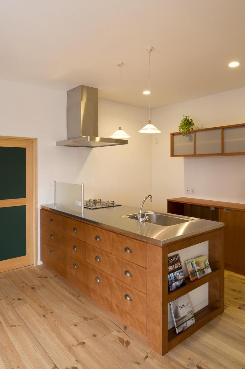 S邸・自然素材を用いて、オリジナリティーのある改修を。の部屋 キッチン