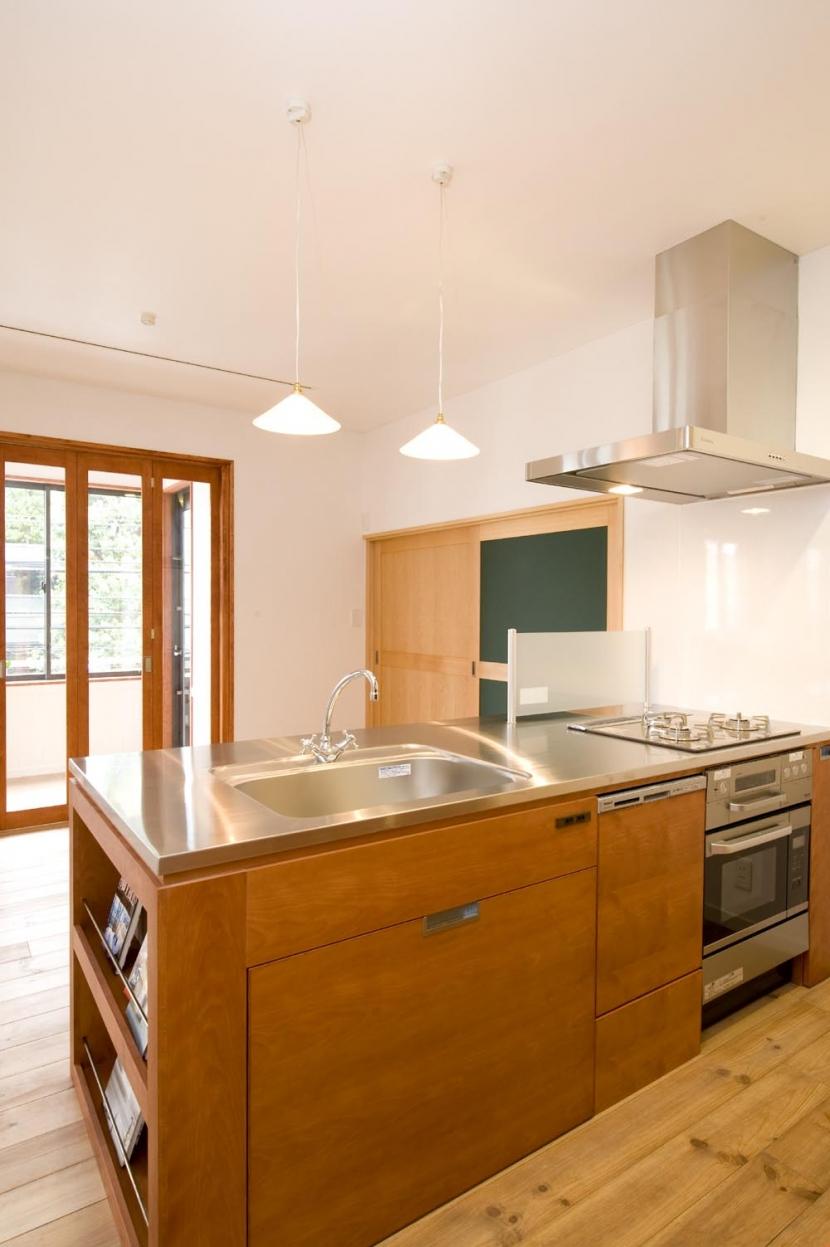 S邸・自然素材を用いて、オリジナリティーのある改修を。の部屋 ダイニングキッチン