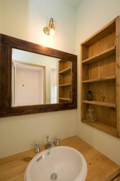 洗面台 (S邸・自然素材を用いて、オリジナリティーのある改修を。)