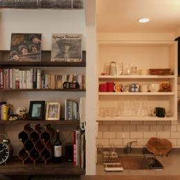 S邸・上品に味わい深く住まうの写真 リビングキッチン