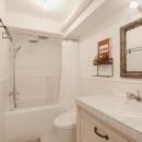 S邸・上品に味わい深く住まうの写真 バスルーム