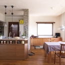 Y邸・自分たちの「好き」をカタチにした住まいの写真 ダイニング・オープンキッチン