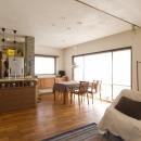 Y邸・自分たちの「好き」をカタチにした住まいの写真 LDK