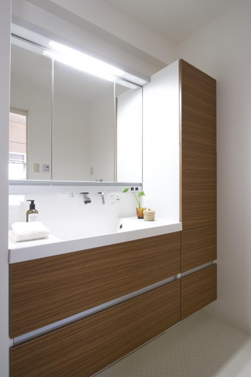 テラスハウスで、団欒を楽しむの部屋 システム洗面台