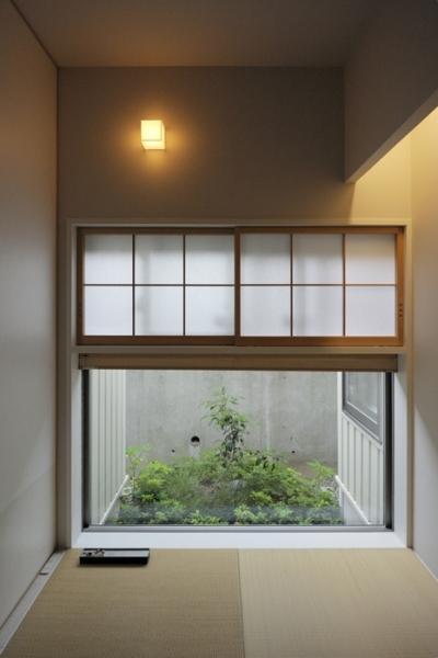 客間の風景 (ひかりの架け橋(港南台の家))