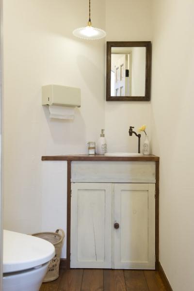 トイレの手洗い器 (東京都稲城市 ~Cafeのようなヘアサロン~)