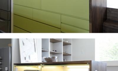 ひかりと雲の家 〜雲間から差し込むやわらかな光に満たされた安らぎの空間〜 (家具としてデザインされたキッチン2)