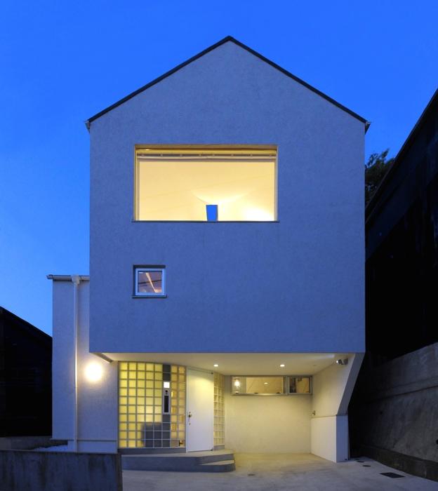 ひかりと雲の家(師岡の家)の写真 夜の外観