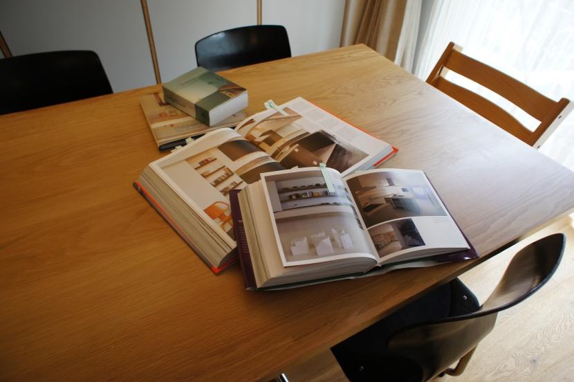 2LDKを1DLKに@港区の部屋 キッチンダイニングは洋書を参考に