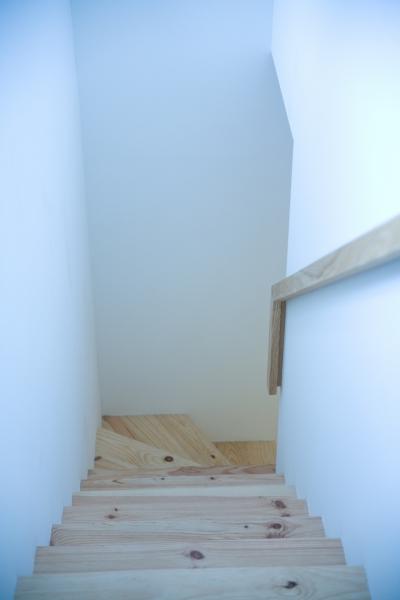 腰越の住宅 (階段)