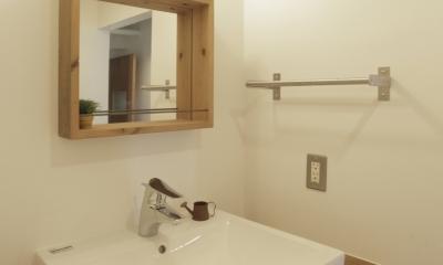 平塚の家 (洗面室)